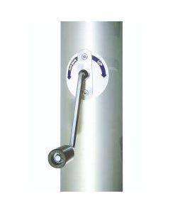 Kurbelsystem für Fahnenmast mit innenliegender Hißvorrichtung
