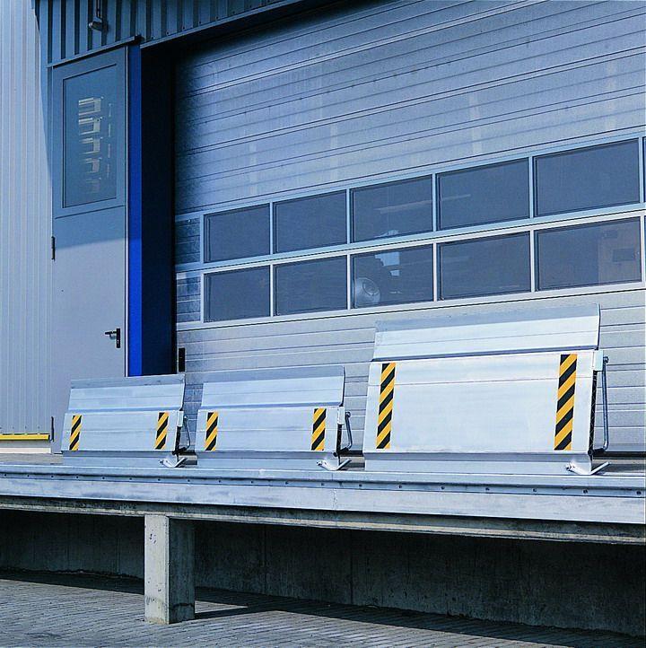 Überfahrbrücke LxB 410x1250 mm seitlich verschiebbar, Höhendifferenz min./max. -70/+30, 4000 kg Tragkraft